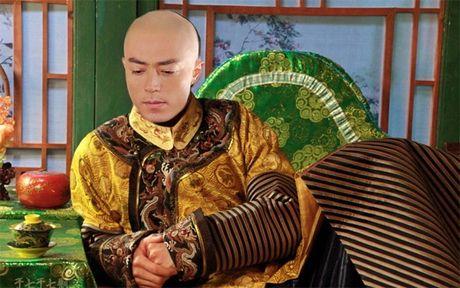 Choang voi hau truong phim co trang cua chong Lam Tam Nhu - Anh 2