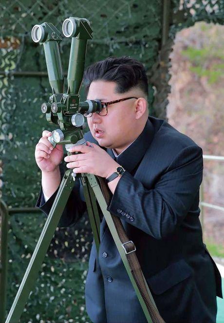 Cach Kim Jong-un truy lung nguoi dao tau khoi Trieu Tien - Anh 1