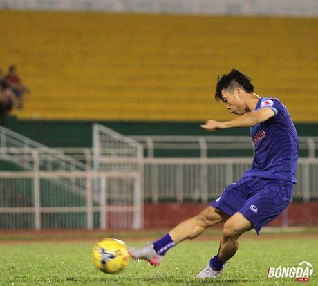 Cong Phuong, Xuan Truong ghi diem trong mat HLV Huu Thang - Anh 2