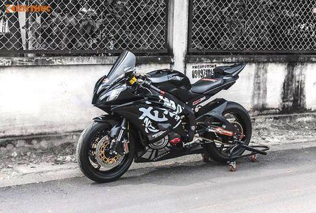 Yamaha R6 'do khung' tu trong ra ngoai cua dan choi Viet - Anh 1