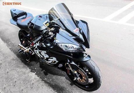 Yamaha R6 'do khung' tu trong ra ngoai cua dan choi Viet - Anh 2