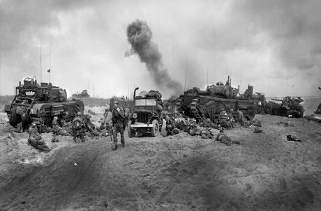 Kinh ngac suc manh xe tang hang nang Churchill trong CTTG 2 - Anh 14