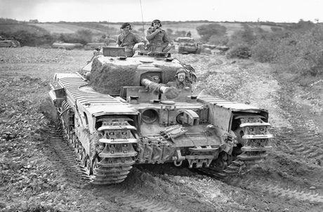 Kinh ngac suc manh xe tang hang nang Churchill trong CTTG 2 - Anh 1