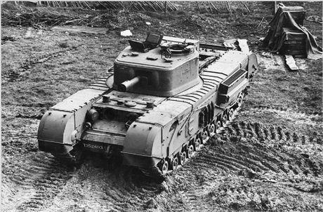 Kinh ngac suc manh xe tang hang nang Churchill trong CTTG 2 - Anh 8