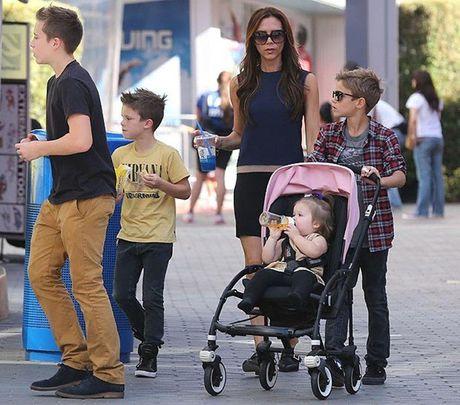Cach nuoi day con dang ne cua vo chong Beckham va Victoria - Anh 3