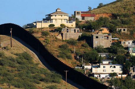 Kham pha cuoc song o khu vuc bien gioi My-Mexico - Anh 14