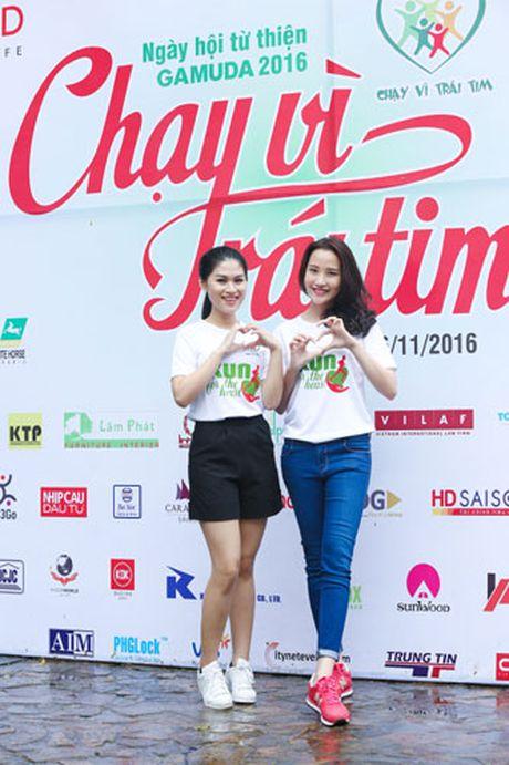 Ngoc Thanh Tam cung dan sao Viet xuong duong 'Chay vi trai tim' - Anh 13