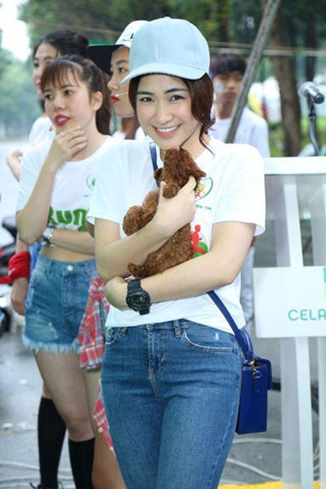 Ngoc Thanh Tam cung dan sao Viet xuong duong 'Chay vi trai tim' - Anh 14