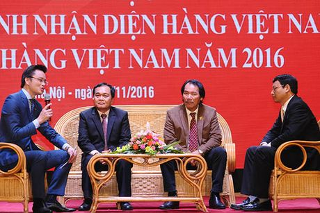 Be mac Chuong trinh Nhan dien hang Viet Nam- Tu hao hang Viet Nam nam 2016 - Anh 2