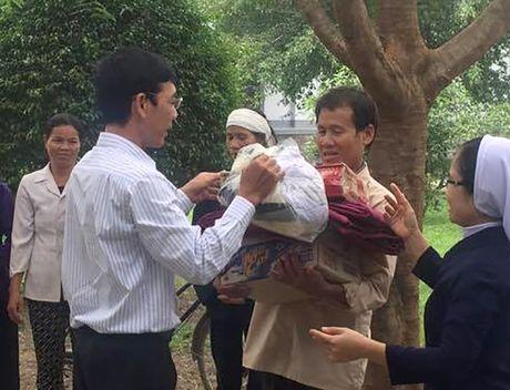 Bao Nha bao va Cong luan huong ve mien Trung - Anh 3