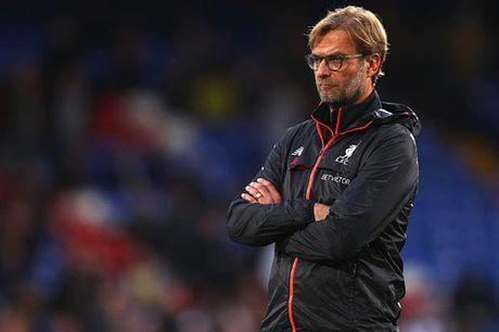 HLV Klopp: 'Toi khong quan tam Liverpool dang dung top' - Anh 1