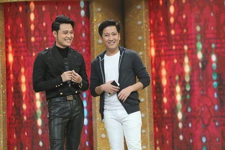 Bao Thy, Trinh Thang Binh cui dau xin loi vi nhan nham giong Quang Vinh - Anh 1