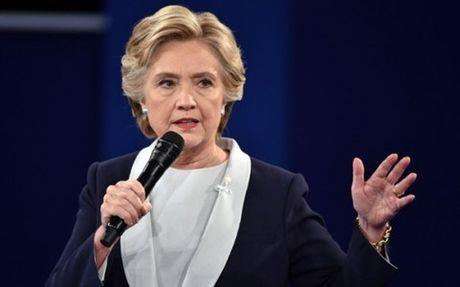 FBI ket thuc dieu tra thu dien tu cua ba Hillary Clinton - Anh 1