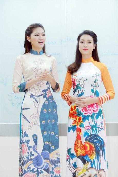 My Linh dep nhu tranh ve voi ao dai do Ngoc Han thiet ke - Anh 3