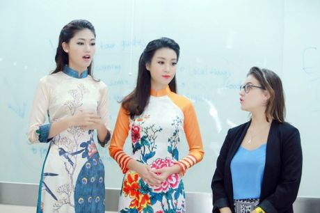 My Linh dep nhu tranh ve voi ao dai do Ngoc Han thiet ke - Anh 5