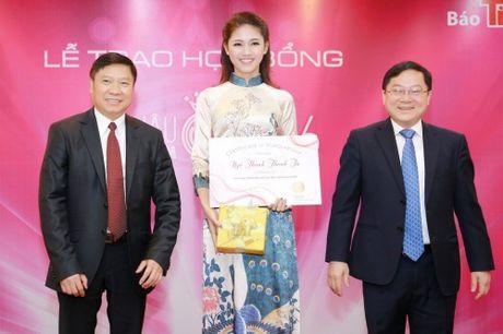 My Linh dep nhu tranh ve voi ao dai do Ngoc Han thiet ke - Anh 8