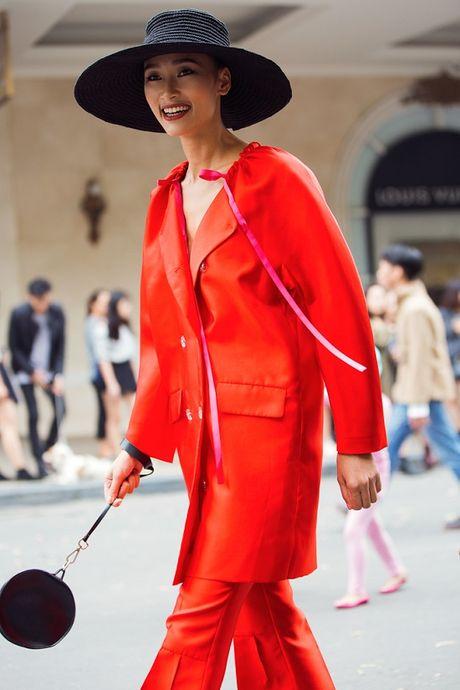 Hoang Thuy, Trang Khieu, Huong Ly can quyet street style cuoi tuan - Anh 5