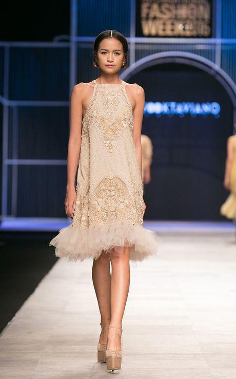 Ngoc Chau- guong mat noi bat tai Vietnam International Fashion Week Thu Dong 2016 - Anh 7