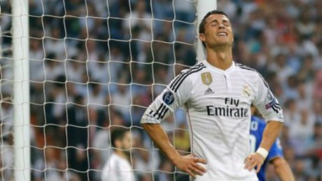 """Ronaldo CHINH THUC ky hop dong """"ty do"""" voi Real - Anh 3"""