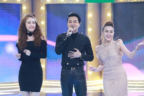 'Ca si giau mat': Bao Thy, Thuy Nga cui dau xin loi vi 'quay lung' voi Quang Vinh - Anh 2