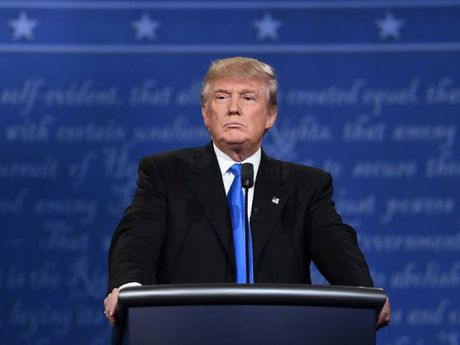 Donald Trump trung cu tong thong My, Duc se… lo sot vo - Anh 1
