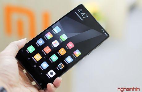 Tren tay Xiaomi Mi MIX doc nhat Viet Nam gia 30 trieu - Anh 11