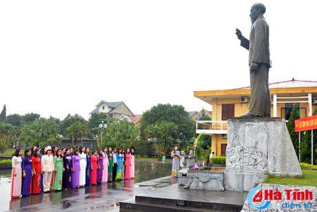 Dai hoi Dai bieu phu nu Ha Tinh lan thu XV tien hanh phien tru bi - Anh 1