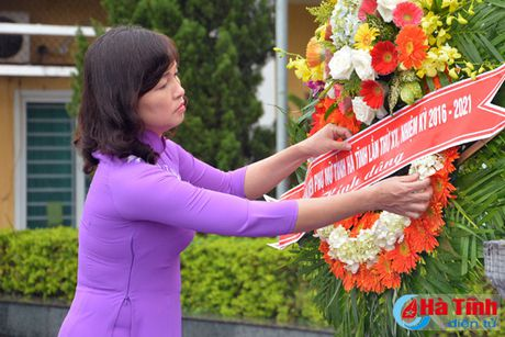 Dai hoi Dai bieu phu nu Ha Tinh lan thu XV tien hanh phien tru bi - Anh 2