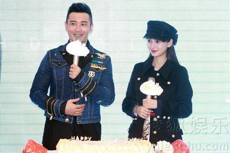 Angelababy bung bau vuot mat, Huynh Hieu Minh hao huc tap be con - Anh 1