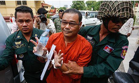 Nghi si Campuchia xuyen tac hiep uoc bien gioi linh an 7 nam tu - Anh 1