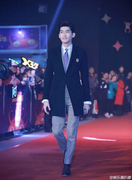 Truong Han lich lam, Ly Dich Phong lay lai ve banh bao sau su co dien style 'ba thim' - Anh 1