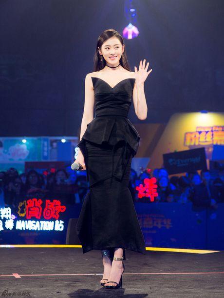 Truong Han lich lam, Ly Dich Phong lay lai ve banh bao sau su co dien style 'ba thim' - Anh 5