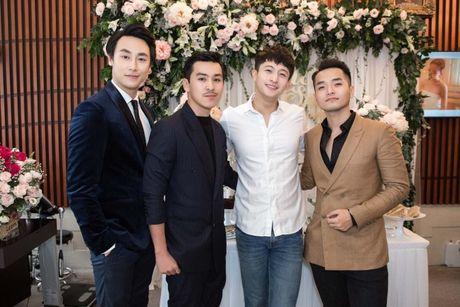 Harry Lu, Rocker Nguyen cung dan my nam Vbiz ru nhau 'dai nao' su kien - Anh 10