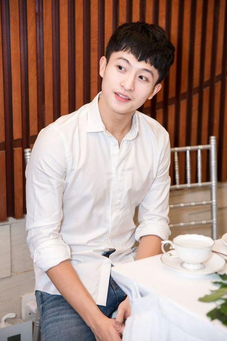 Harry Lu, Rocker Nguyen cung dan my nam Vbiz ru nhau 'dai nao' su kien - Anh 1