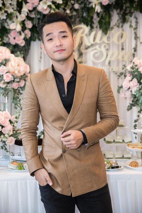 Harry Lu, Rocker Nguyen cung dan my nam Vbiz ru nhau 'dai nao' su kien - Anh 5