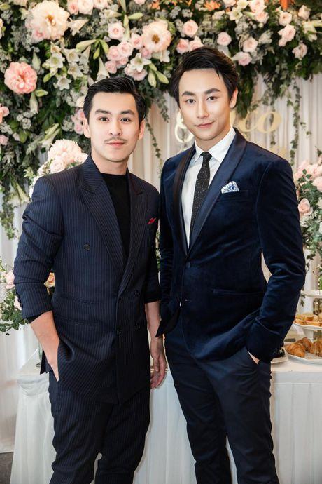 Harry Lu, Rocker Nguyen cung dan my nam Vbiz ru nhau 'dai nao' su kien - Anh 7