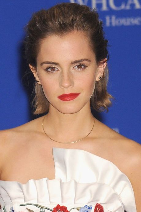 Hanh trinh truong thanh cua co 'phu thuy' Emma Watson qua mai toc - Anh 23