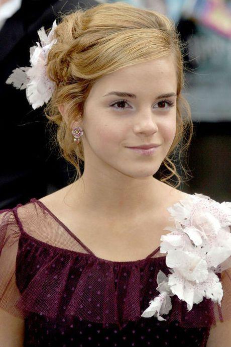 Hanh trinh truong thanh cua co 'phu thuy' Emma Watson qua mai toc - Anh 2