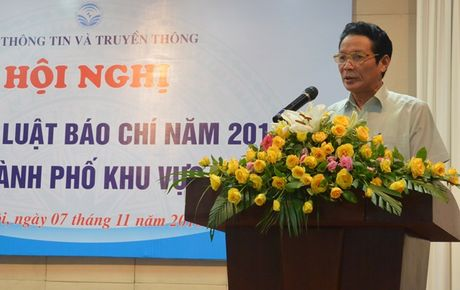 Hoi nghi pho bien Luat Bao chi nam 2016 cac tinh, thanh pho khu vuc phia Bac - Anh 1