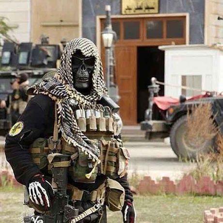 Bi an 'doi quan vang' khien IS khiep via - Anh 1