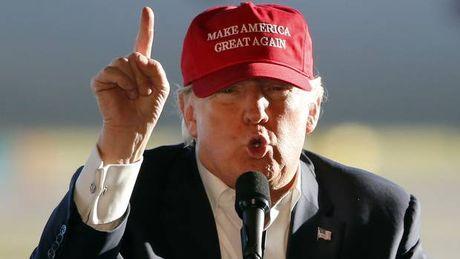 Donald Trump noi doa - Anh 1