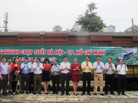 Them tau hang toc hanh tuyen Giap Bat – Song Than - Anh 1
