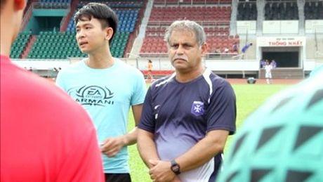 Tan binh V-League co HLV nuoc ngoai - Anh 1