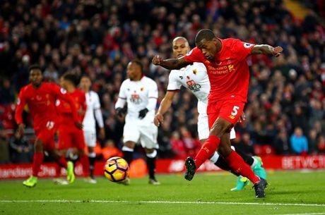 Toan canh chien thang '6 sao' giup Liverpool dan dau Premier League - Anh 15
