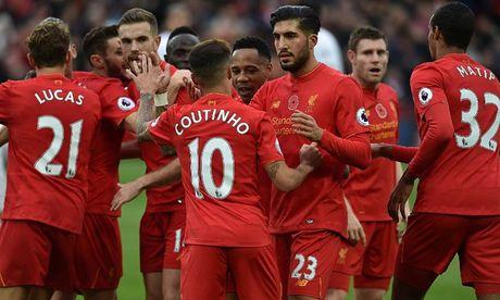 Toan canh chien thang '6 sao' giup Liverpool dan dau Premier League - Anh 16