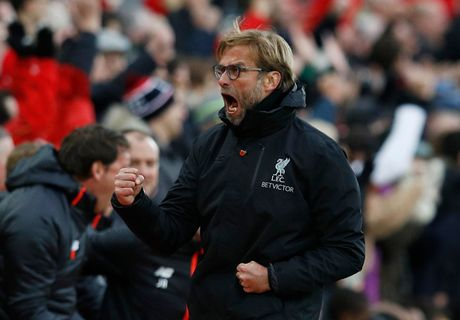 Toan canh chien thang '6 sao' giup Liverpool dan dau Premier League - Anh 7