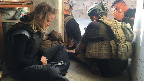 28 gio thuc trang duoi lan dan tan cong vao hang o IS o Mosul - Anh 15