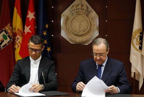 Ronaldo gia han hop dong voi Real Madrid: Bieu tuong thien ha - Anh 2