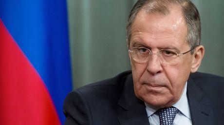Ngoai truong Lavrov: Phuong Tay phot lo thien chi hop tac cua Nga - Anh 1