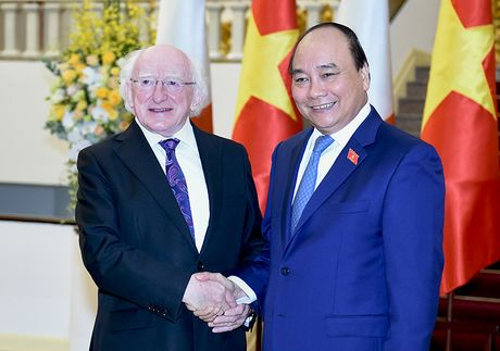 Thu tuong Nguyen Xuan Phuc hoi kien Tong thong Ireland - Anh 1